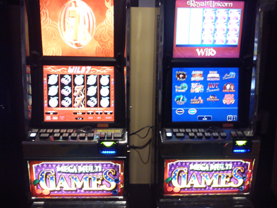 multi game slot machine glitches